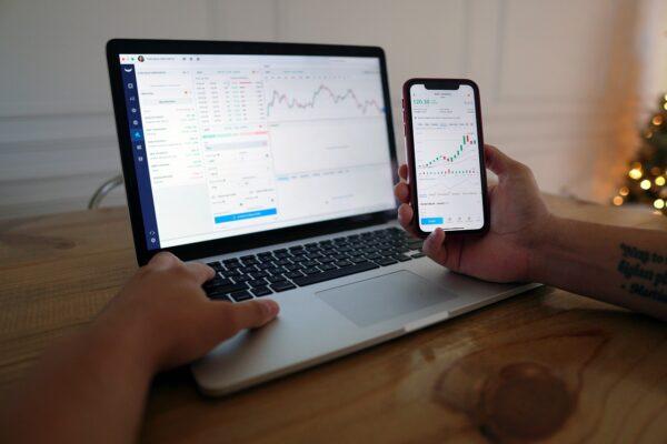 Dlaczego warto inwestować w ETF—y?